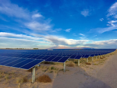 Governo zera alíquota de importação de componentes solares